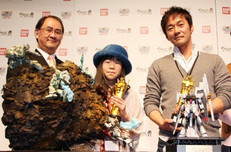 10-year-old-girl-win-japan-gunpla-builder-world-cup-2013-junior-division-07