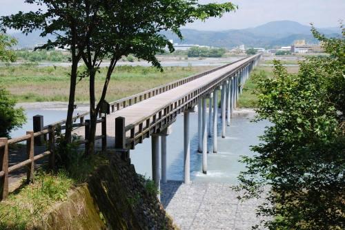 world-longest-wooden-bridge-now-golden-time-pilgrimage-spot-02