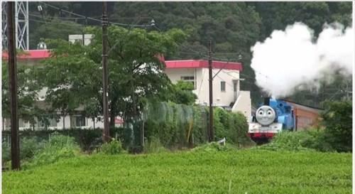 life-size-thomas-begins-running-on-japanese-railroad-02