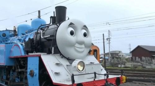 life-size-thomas-begins-running-on-japanese-railroad-06