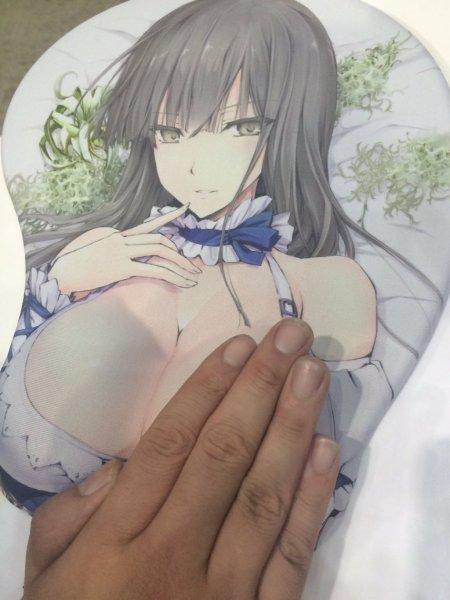 voppai-talking-busty-anime-girl-mousepads