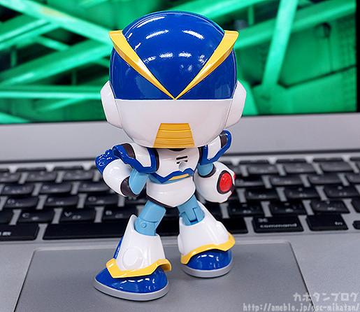 nendoroid-x-full-armor-02