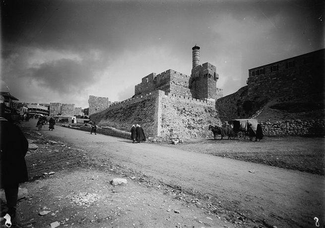 A Dávid citadella és a Jaffa kapu környéke 1898-ban