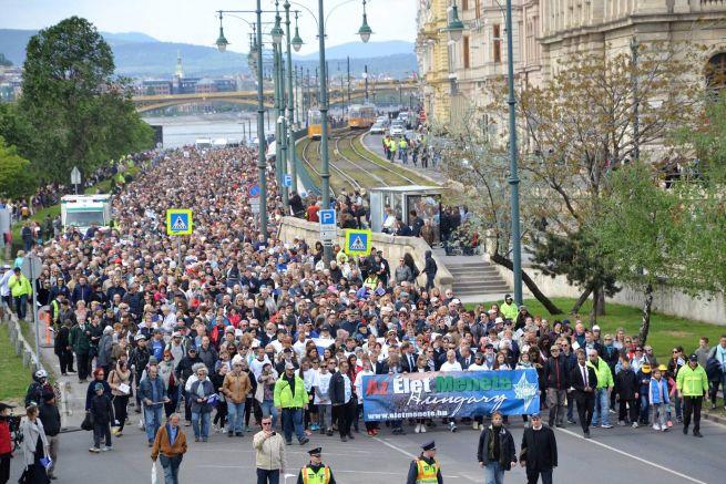 Az Élet menete Budapesten (Fotó: Gordon Bence)