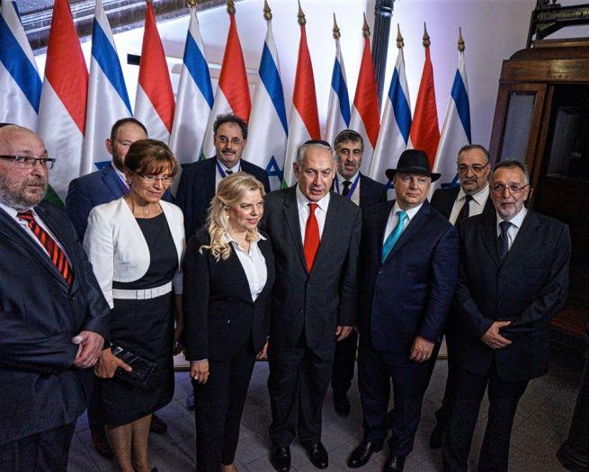 Mindenki együtt (Fotó: Szentgyörgyi Ákos/facebook.com/mazsihisz)