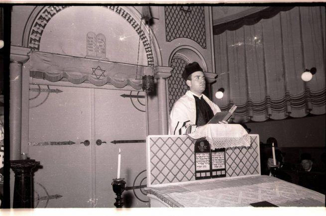 Fiatal rabbiként az újpesti zsinagógában a '60-as években
