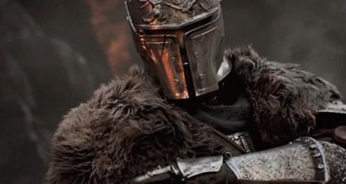 Los pelos del abrigo del guerrero sirven para hacerse una idea del detalle gráfico.