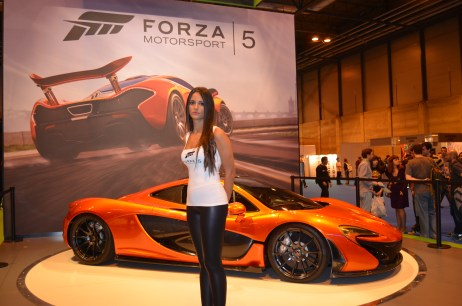 Babe y stand de Forza 5 en Madrid Games Week