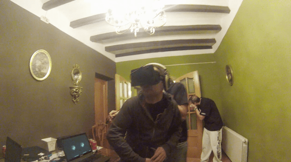 Jugando a Oculus Rift