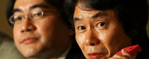 Satoru Iwata y Shigeru Miyamoto se hacen recortes así mismos