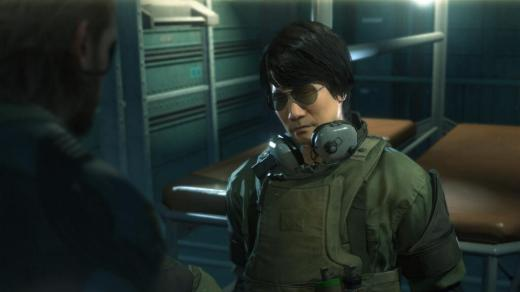 Cameo de Kojima en el juego, como espía a rescatar