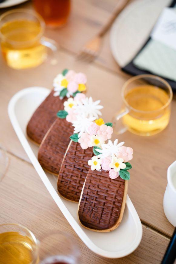 flower basket cookie