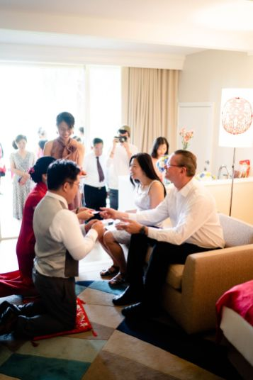 hotel room tea ceremony