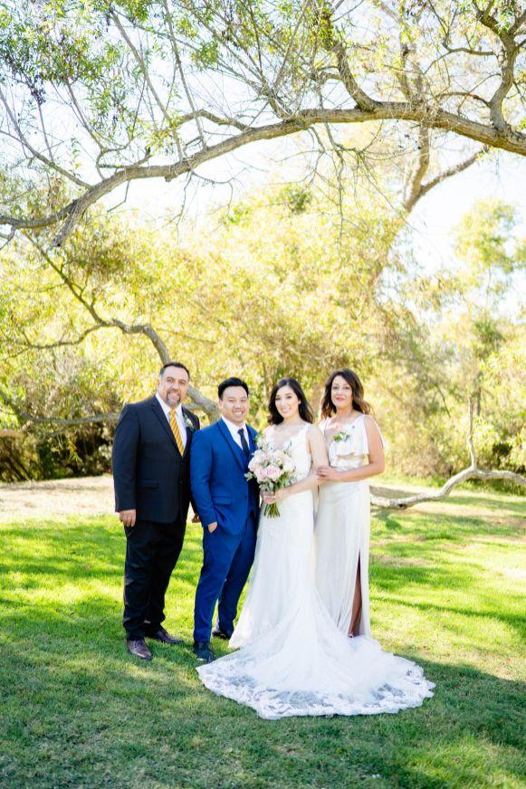 bridal party photo huntington library park