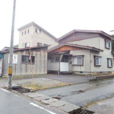 【売買】400万円(応相談) 山形県最上郡舟形町舟形3 車庫兼小屋付き2階建