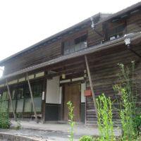【売買】100万円 岡山県新見市神郷釜村 土間・回り縁・続き和室がある古民家