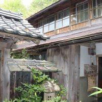 【売買】400万円 島根県仁多郡奥出雲町中村 明治築 回り縁・続き和室のある2階建古民家