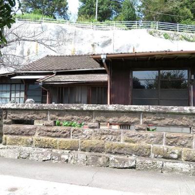 【賃貸】1.2万円 大分県臼杵市大字戸室 通学・買物便利 玄関が2つある 庭・池付き平屋