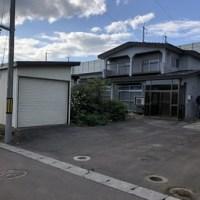 【売買】300万円 北海道北斗市桜岱 庭・物置・車庫付き2階建 角地・上下水道