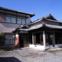 【賃貸】2.5万円 熊本県天草市高浜北 広い駐車スペース・縁側付き2階建古民家