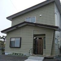 【売買】300万円 北海道芦別市本町 川沿いの住宅地 車庫付き2階建 上下水道