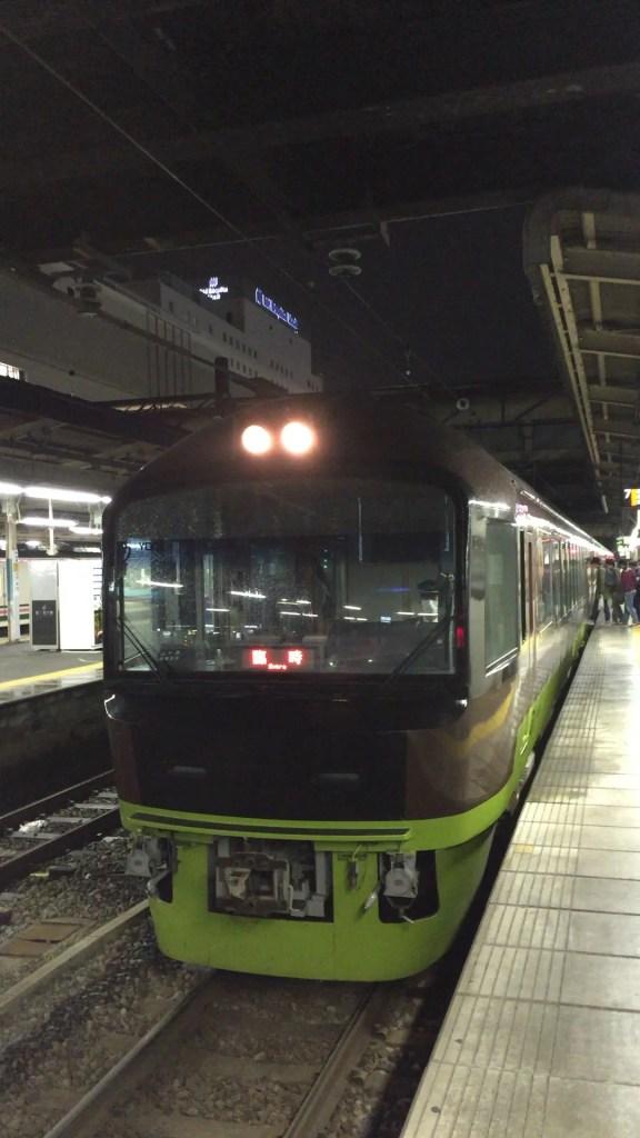 秋の乗り放題パスの旅行に便利な列車 上越編