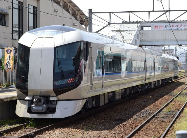 私鉄唯一の夜行列車「尾瀬夜行23:55」今年も運転