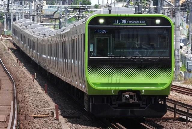 山手線渋谷駅改良工事が完了。土日に走った珍列車の数々に鉄オタたちが騒動を起こす一面も…