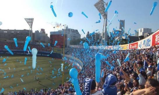 ラッキーセブンでスタージェットを飛ばす:横浜スタジアム