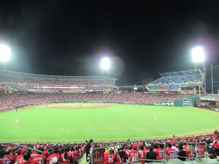 ビジターパフォーマンス席の様子マツダスタジアム:CS2016広島戦