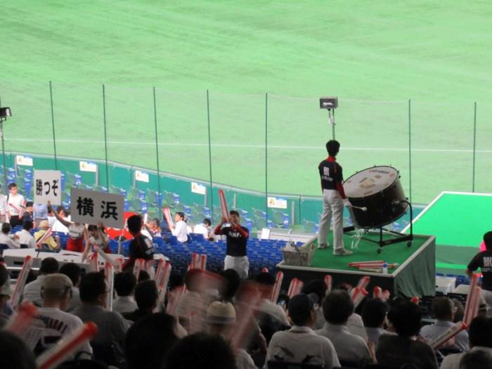横浜市・試合前の応援練習:都市対抗野球・東京ドーム