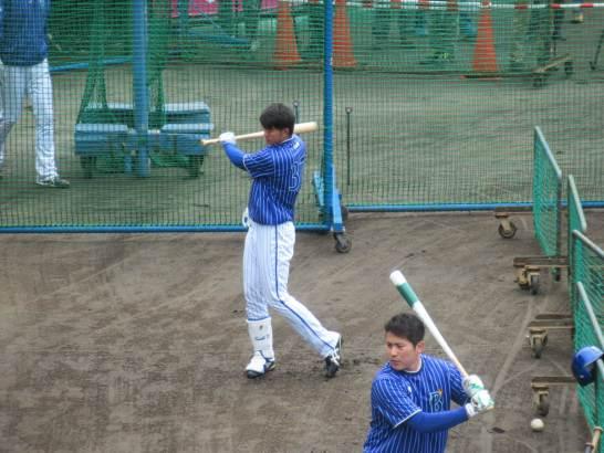 バッティング練習・ドラフト8位楠本泰史