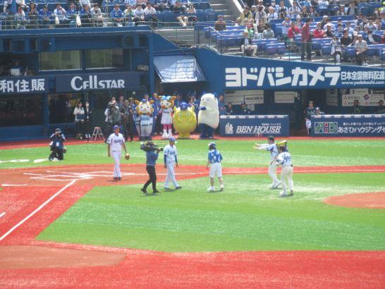 ダチョウ倶楽部の始球式!横浜DeNAベイスターズ