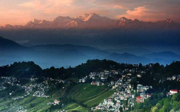 Image result for Darjeeling, West Bengal + hill station