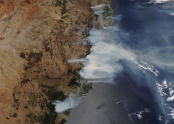 Another day for extreme fire hazard: Bushfire conditions worsen in east, west Australia