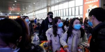 Wuhan in China shuts down transport as global alarm mounts over coronavirus outbreak: Report