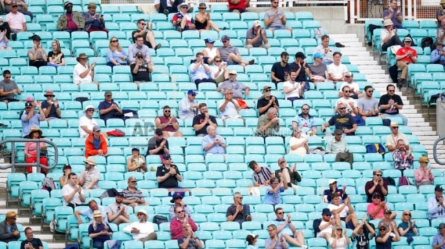 Surrey vs Middlesex cricket match sees fans returning to sport for first time in England since March