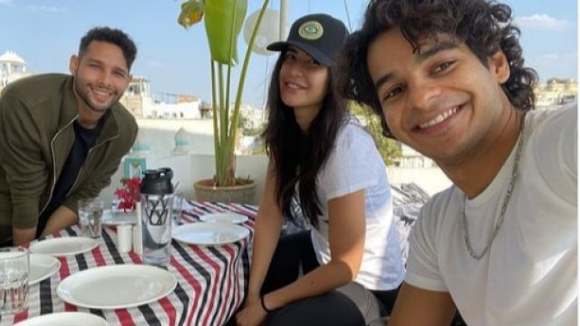 Katrina Kaif shared fun behind-the-scene pictures with her co-stars Siddhant Chaturvedi and Ishaan Khatter.