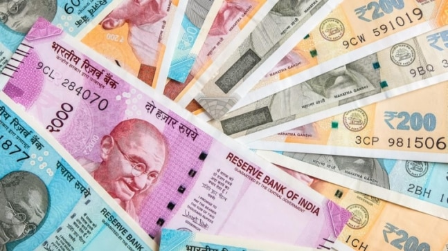 Here's how you can check EPF account balance using different methods