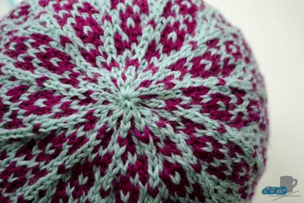 Obla Slouchy Hat pattern. www.aknitica.com #knittingtips #hats