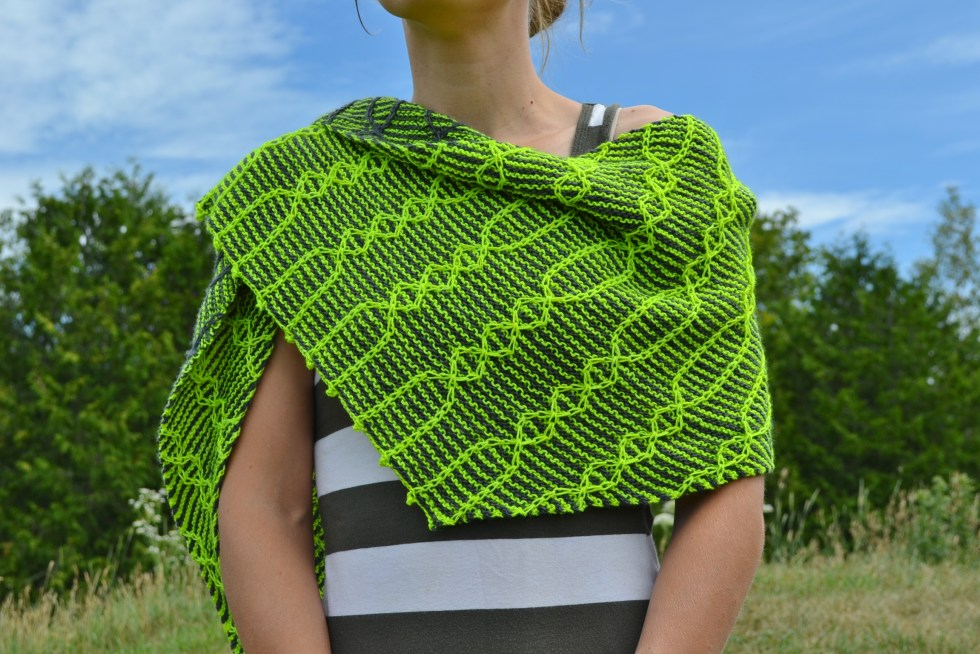 Two Shawl, part of the Inverse Reverse Collection by Amanda Schwabe #TwoShawl #InverseReverse #knitting @aknitica