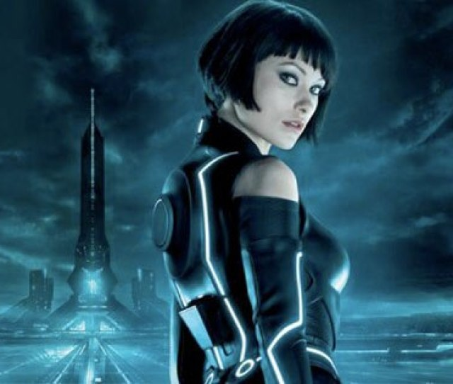 How Olivia Wilde Tried To Not Be Sexy In Tron Fail E News Uk