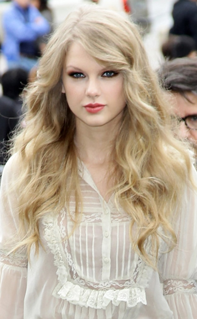 9 Dark Side From Taylor Swifts Top 10 Beauty Moments E