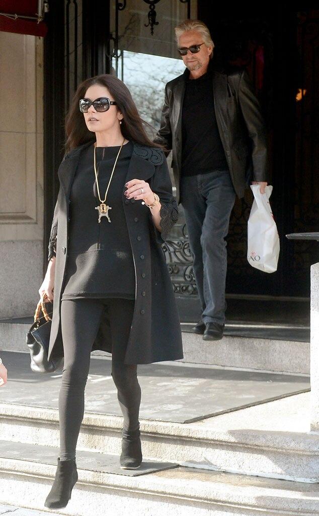 Michael Douglas Wife Catherine Zeta Jones Wont Be With