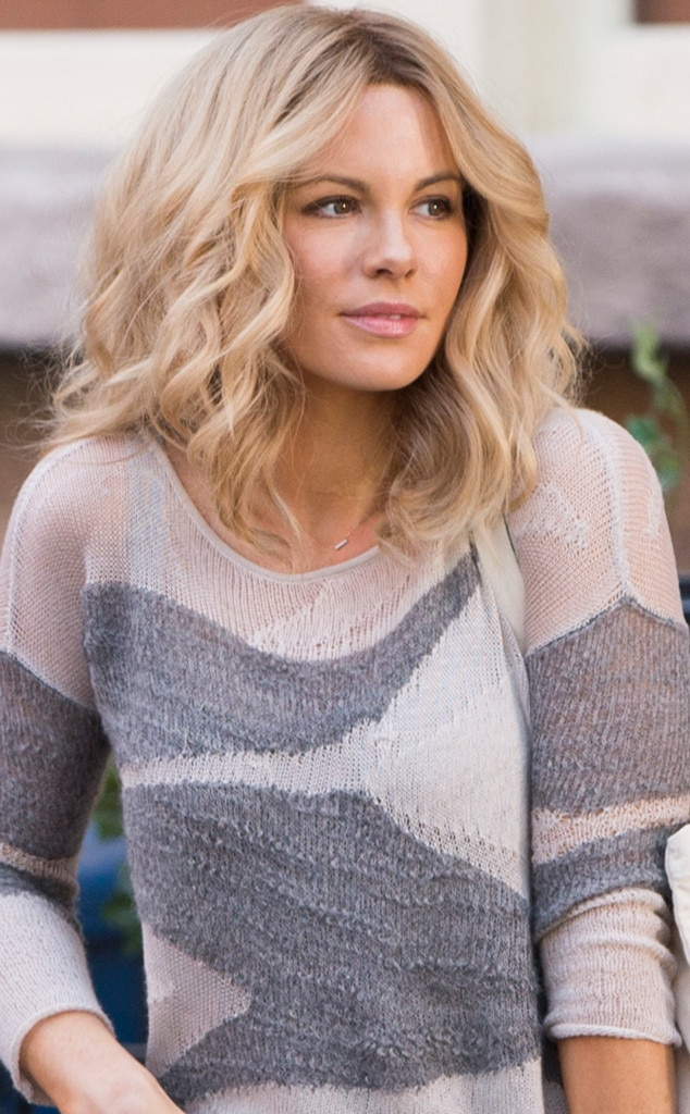 Kate Beckinsale Sports Blond Hairstyle On The Set Of The