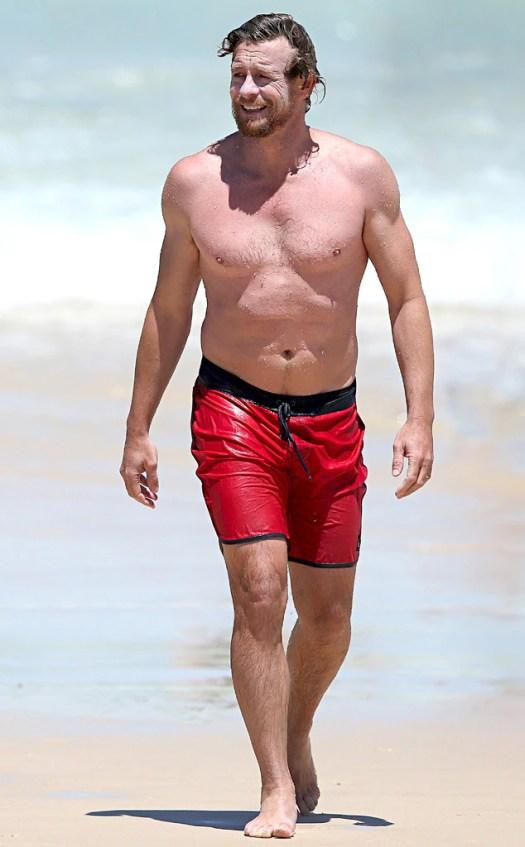 Simon Baker from Hot Stars From Australia | E! News
