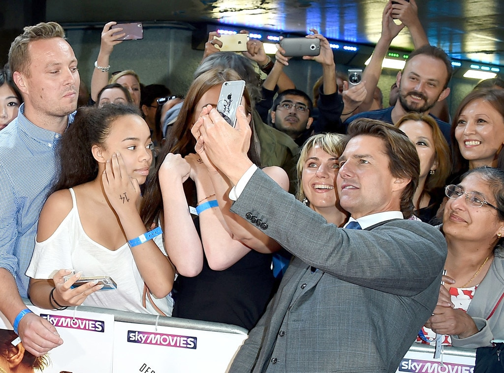 Image result for tom cruise with fans