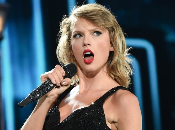 https://i2.wp.com/akns-images.eonline.com/eol_images/Entire_Site/2015718/rs_560x415-150818105404-1024-taylor-swift-performance.jpg