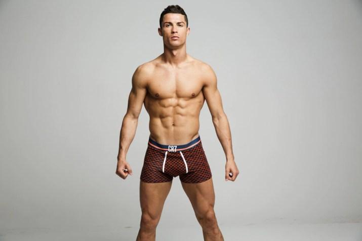 See Cristiano Ronaldo Un-Retouched & in His Underwear!   E! News ...