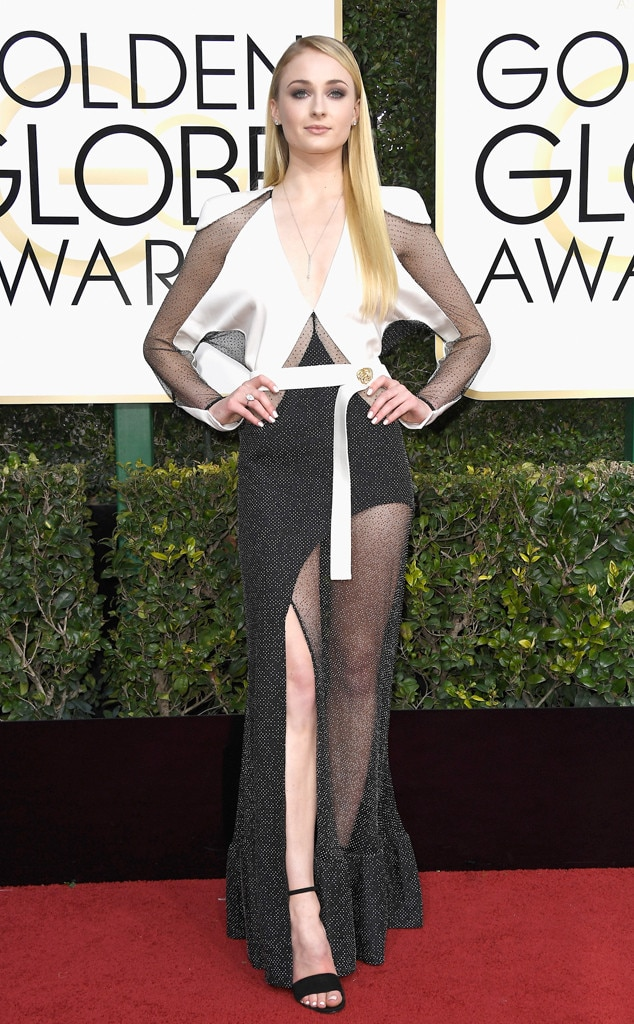 2017 Golden Globes Red Carpet Arrivals Sophie Turner, 2017 Golden Globes, Arrivals